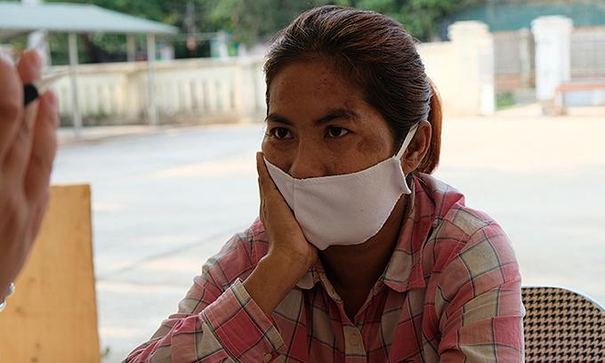 Cambodian woman flees China captivity, wanders lost in Vietnam