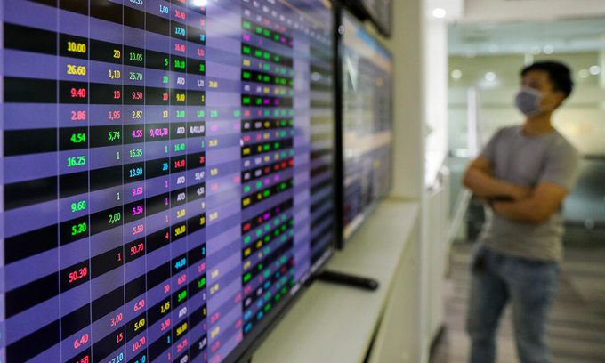 VN-Index edges up in quiet session