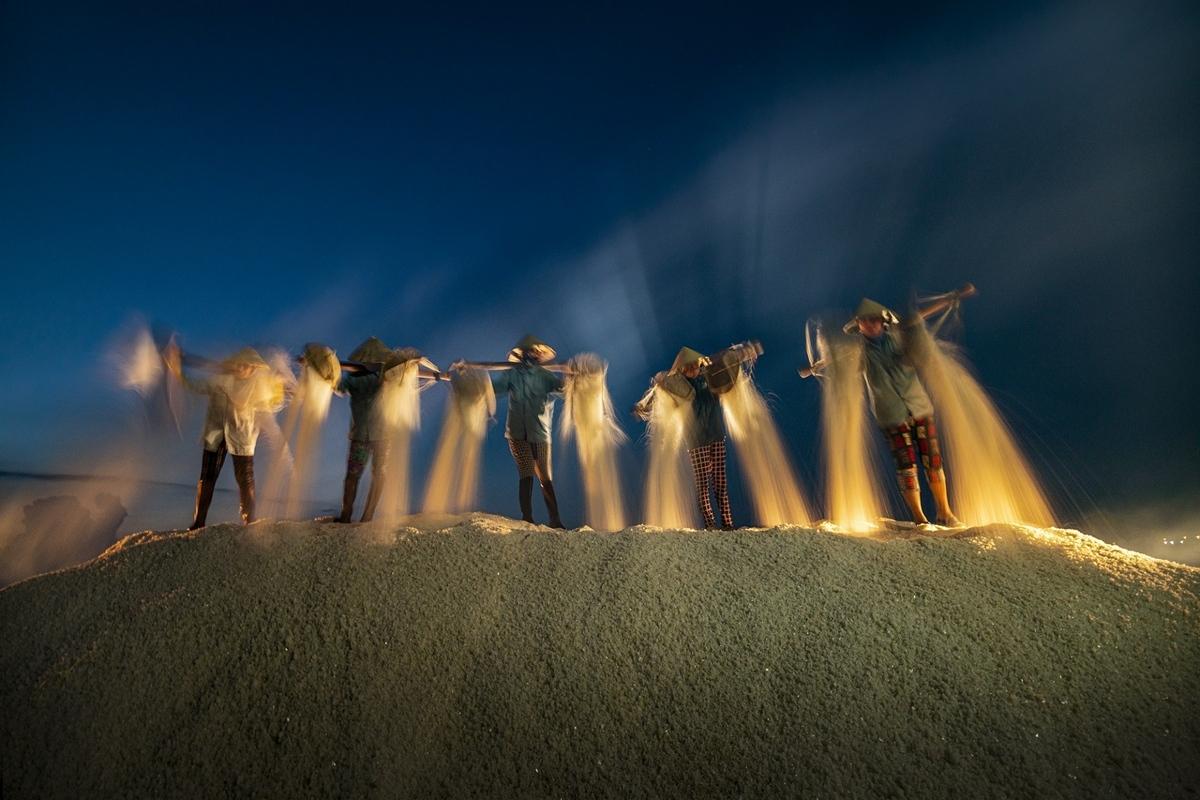 'Harvest of salt' by Khanh Phan.