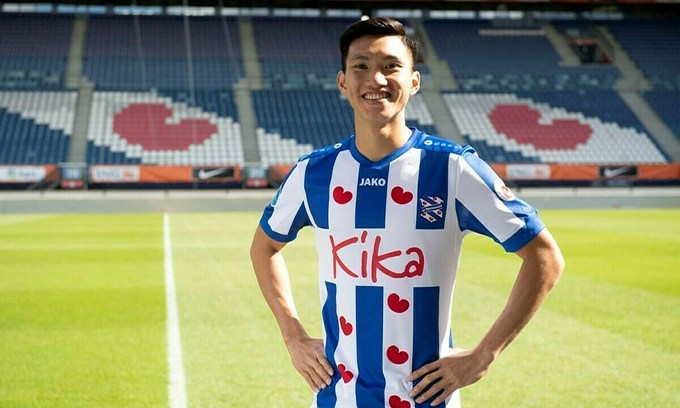 Vietnam star defender, Dutch club discuss contract renewal