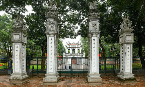 Hanoi attractions reopen with restrictions