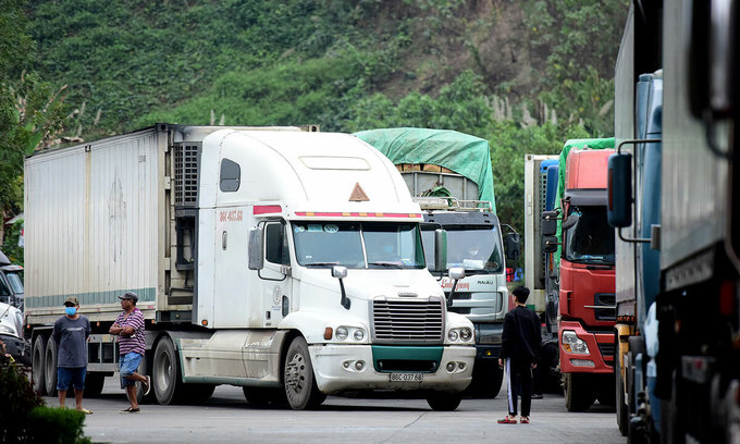 Vietnam reopens secondary border gates with China