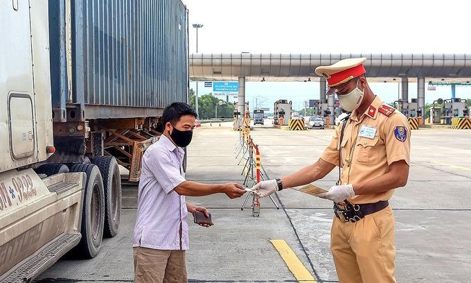 Vietnam traffic police begin random checks for drunk driving