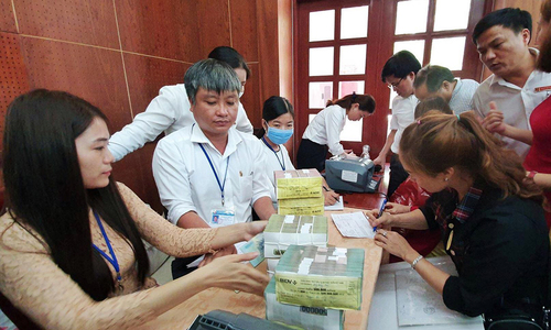 Long Thanh airport: 17 families receive $3 million compensation