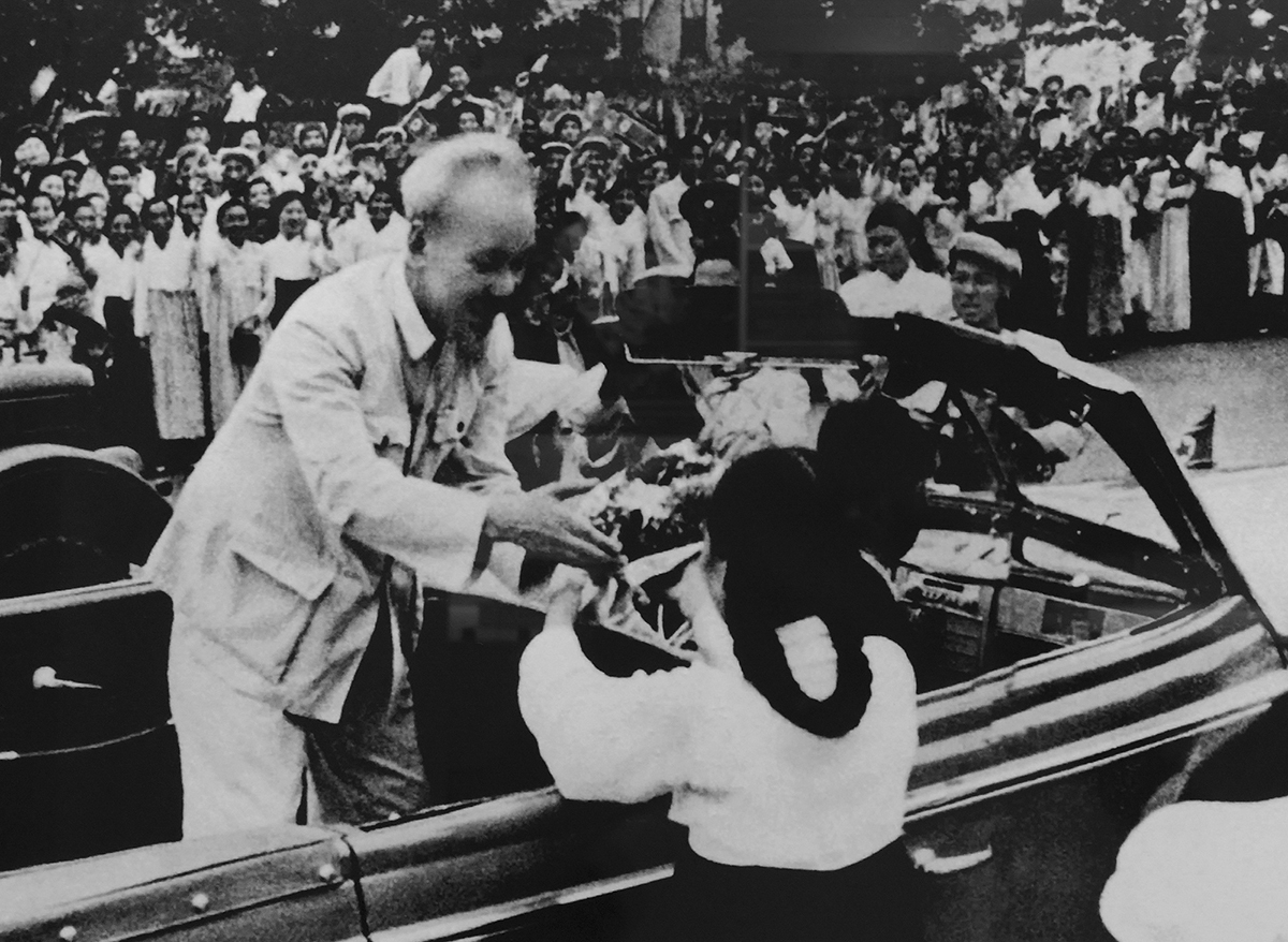 People of Pyongyang, North Korea's capital, welcome President Ho Chi Minh as he paid a friendly visit on July 8, 1957.