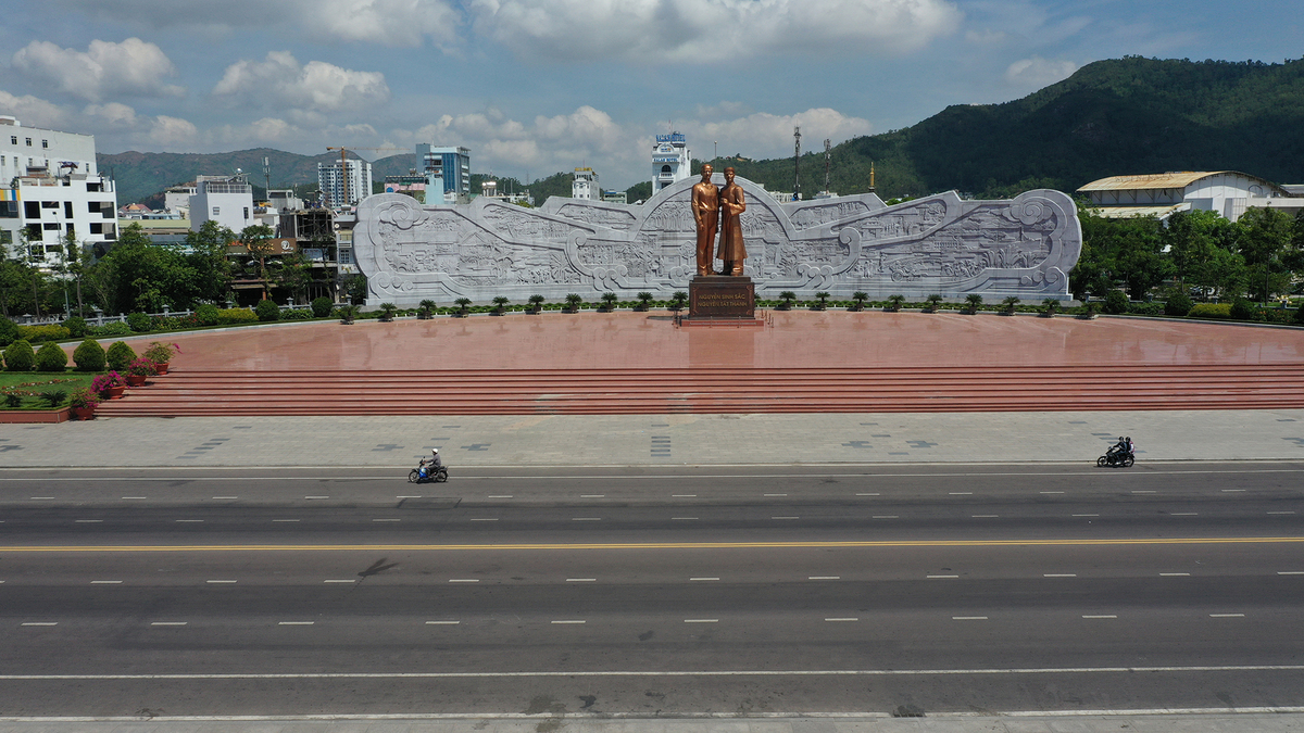 Spruced up route awaits Quy Nhon marathon runners a joy run