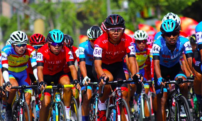 Vietnam's HTV Cup kick-starts global pro cycling
