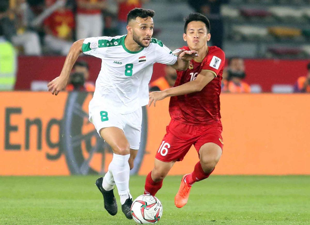 Plays that took a midfielder to Vietnam Golden Ball award