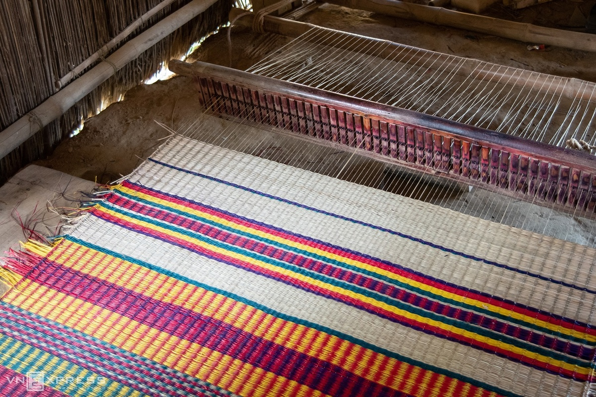 Different colors of central province's mat making village