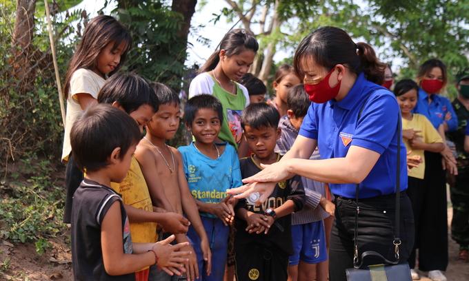 Vietnam third best on child rights in Southeast Asia: survey