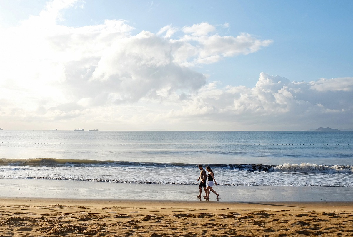 A couple walk on a Quy Nhon beach in Binh Dinh Province, April 2020. Photo acquired by VnExpress.