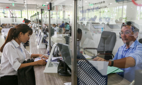 Vietnam may delay public sector wage hike