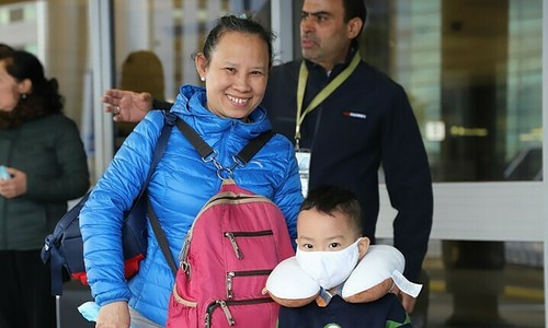 Special flight brings home 344 Vietnamese from Australia, New Zealand