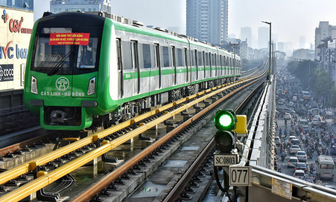Payment bottleneck puts the brakes on Hanoi metro test
