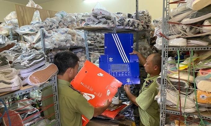 Over 5,000 fake Adidas, Nike products seized in Hanoi raid