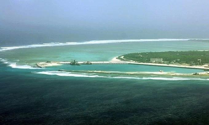 Undersea cable at Hoang Sa continues China's violation of Vietnam's sovereignty