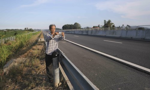 Lone man stands out as guarantor for Vietnam's Chinese built expressway