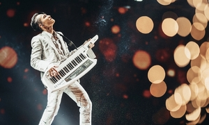 V-pop prince's new documentary breaks record