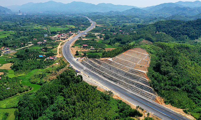Ministry to ask government to fund part of Hanoi – China border expressway