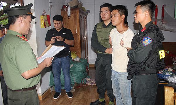 Vietnam arrests five for 'distorted' anti-government propaganda