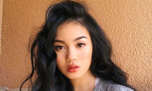 Overseas Vietnamese makeup queens conquer Internet