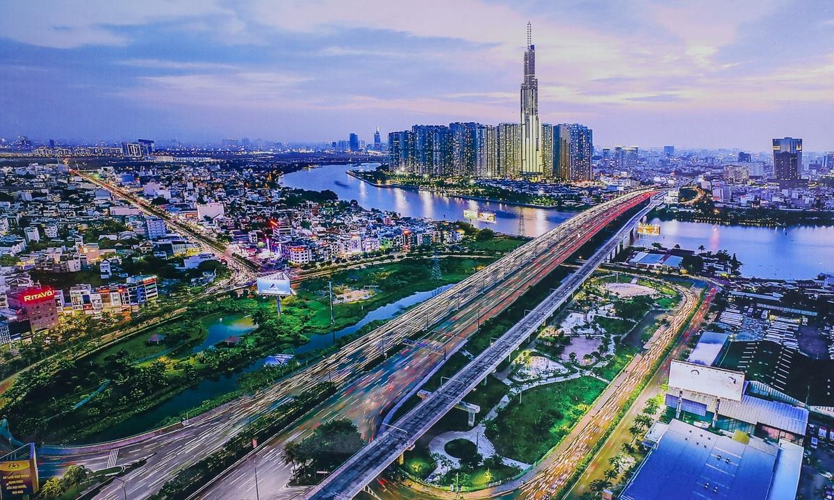 A retrospective stroll through Saigon's 320-year history