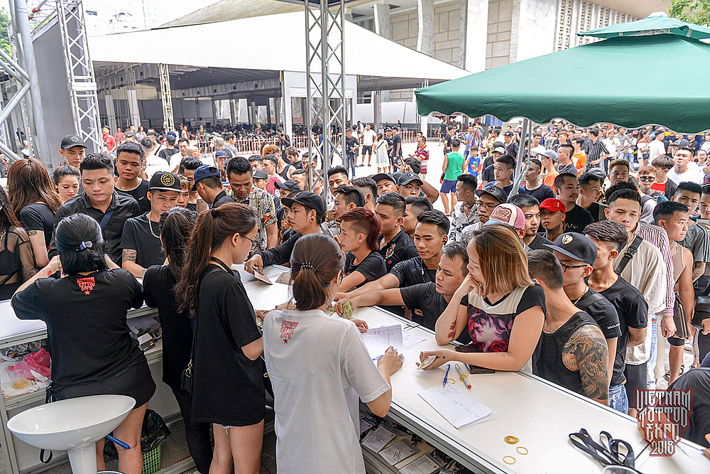 Vietnam Tattoo Expo attracts thousands of visitors in July, 2018. Photo by VnExpress/Giang Huy.