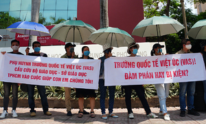 ​HCMC international school expels students over tuition fee squabble