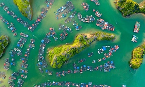 Bird-eye views accentuate paradisiacal beauty of Lan Ha Bay