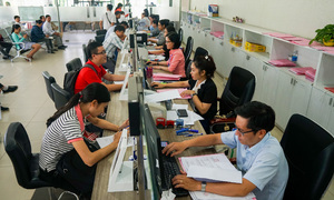 HCMC to let go 2,300 part-time officials, compensate them