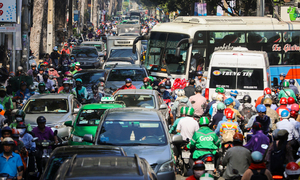 HCMC to collect downtown toll from cars
