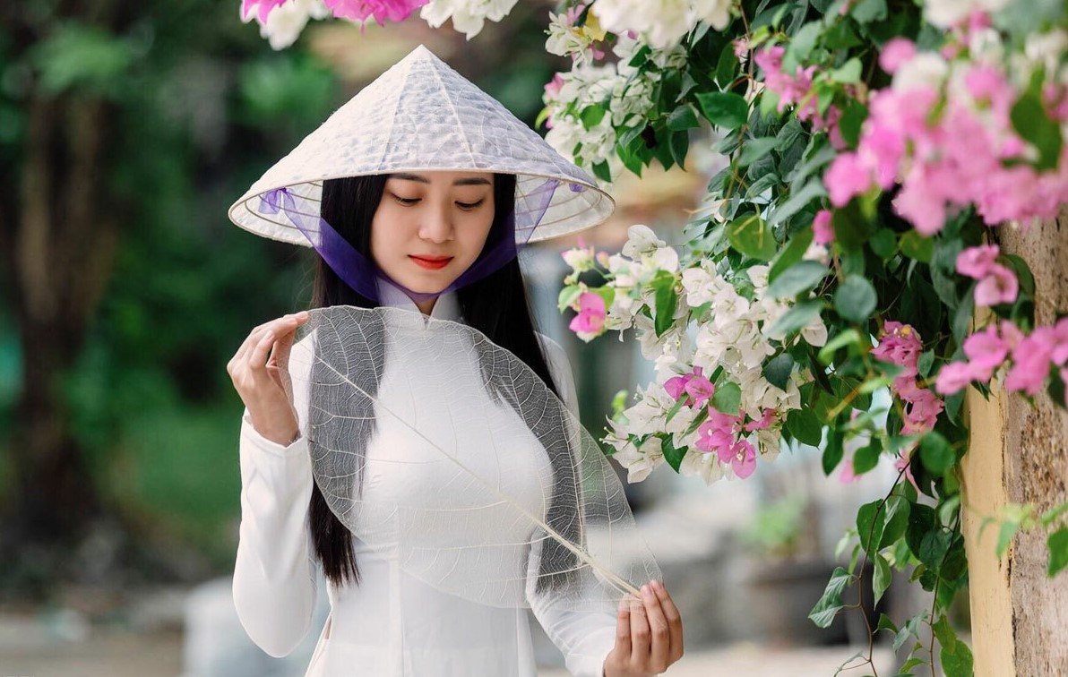 It takes 15-30 almond leaves to make a conical hat. Photo courtersy of Hue, truly Vietnam.