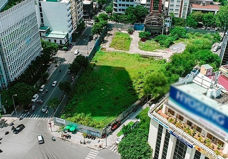 The land plot at 2-4-6 Hai Ba Trung Street in HCMCs District 1. Photo by VnExpress/Trung Son