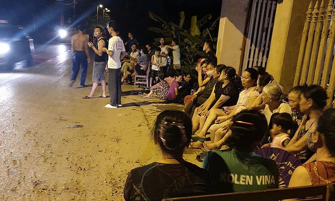 Compensation delay: protesters again block Hanoi garbage dump