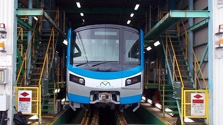 A train for HCMCs first metro line at a factory in Japan. Photo courtesy of the HCMC Management Authority for Urban Railways (MAUR).