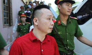 Former HCMC cop receives death for dealing drugs