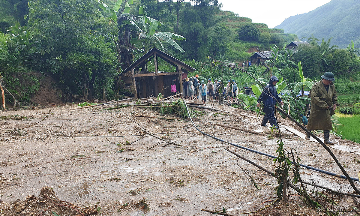 A small hut is left after most of a house has been buried under rocks and soil following heavy rains in house in Hoang Su Phi District, Ha Giang Province, July 21, 2020. Photo by VnExpress/Quang Vinh.
