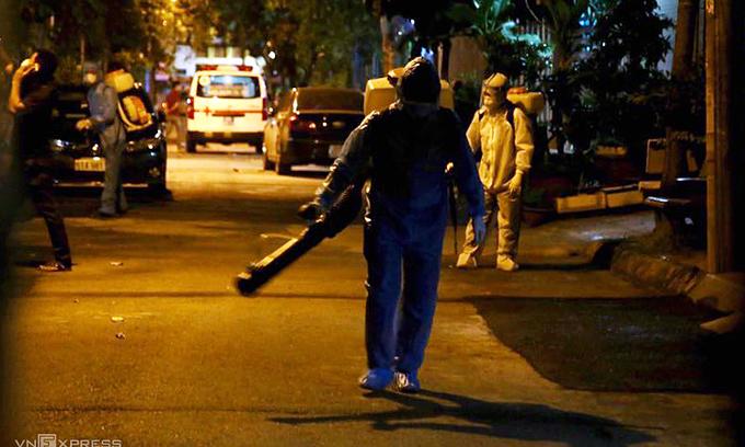 Saigon street locked down over suspect Covid-19 case