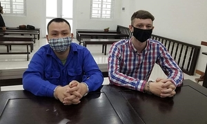 Vietnamese, Scottish men imprisoned for selling drugs to foreigners in Hanoi