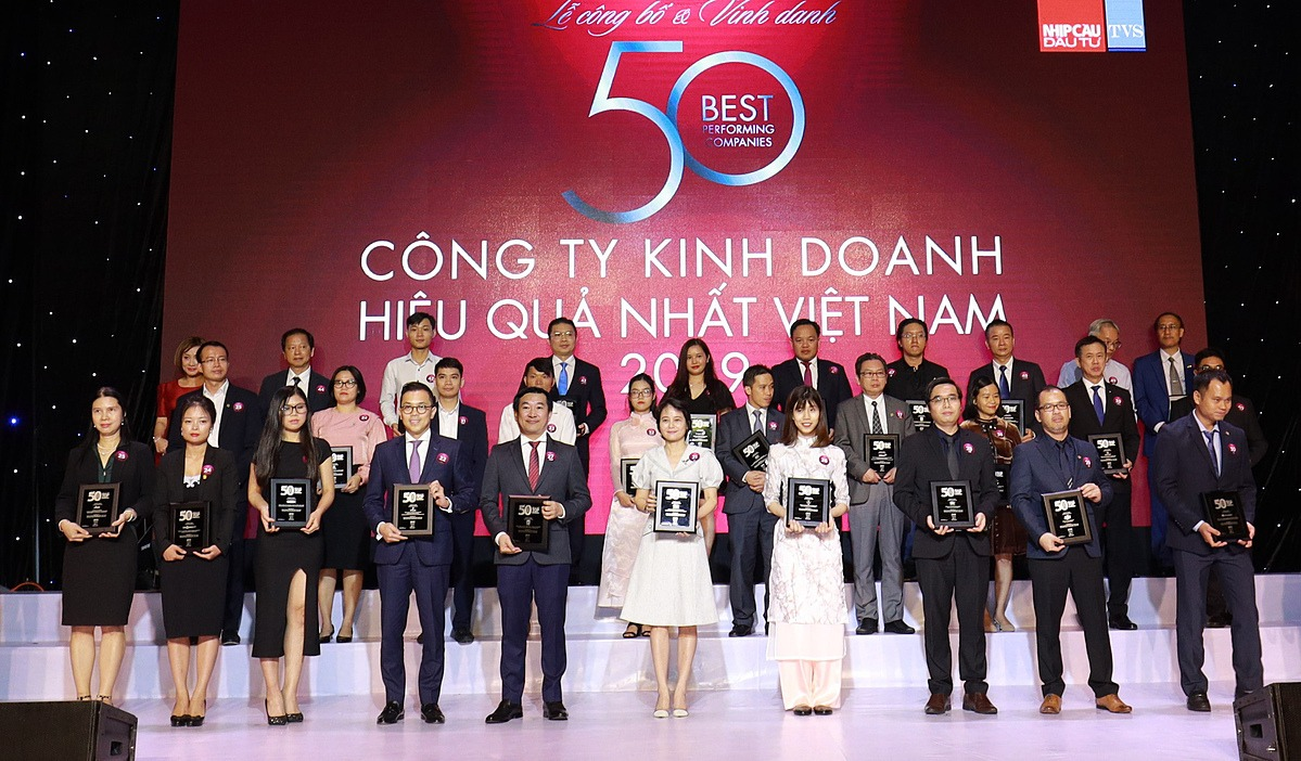 Vinamilk has been in the top 50 most effective companies in Vietnam for 9 consecutive years.
