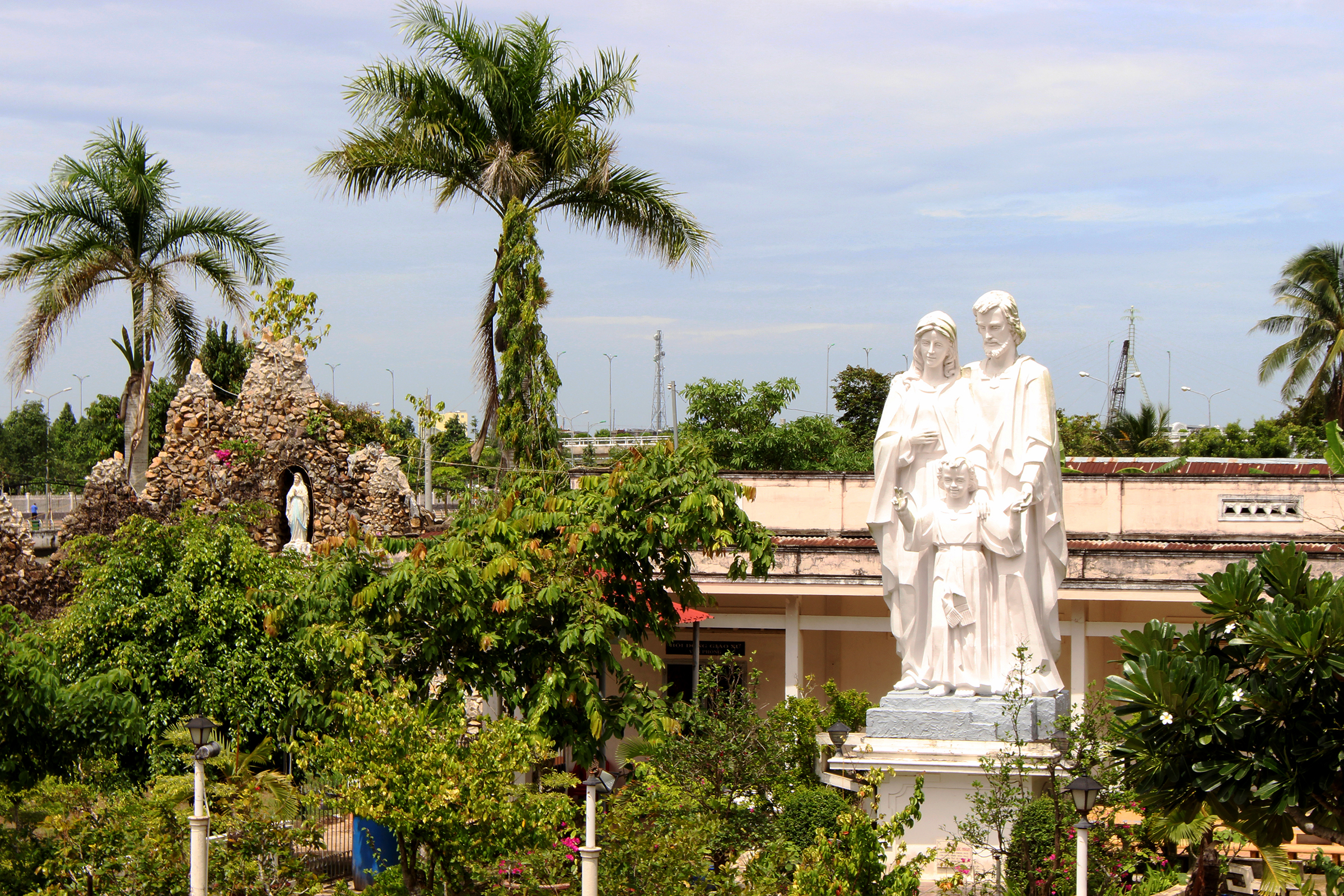 130-year-old Mekong Delta church a marriage of West, East