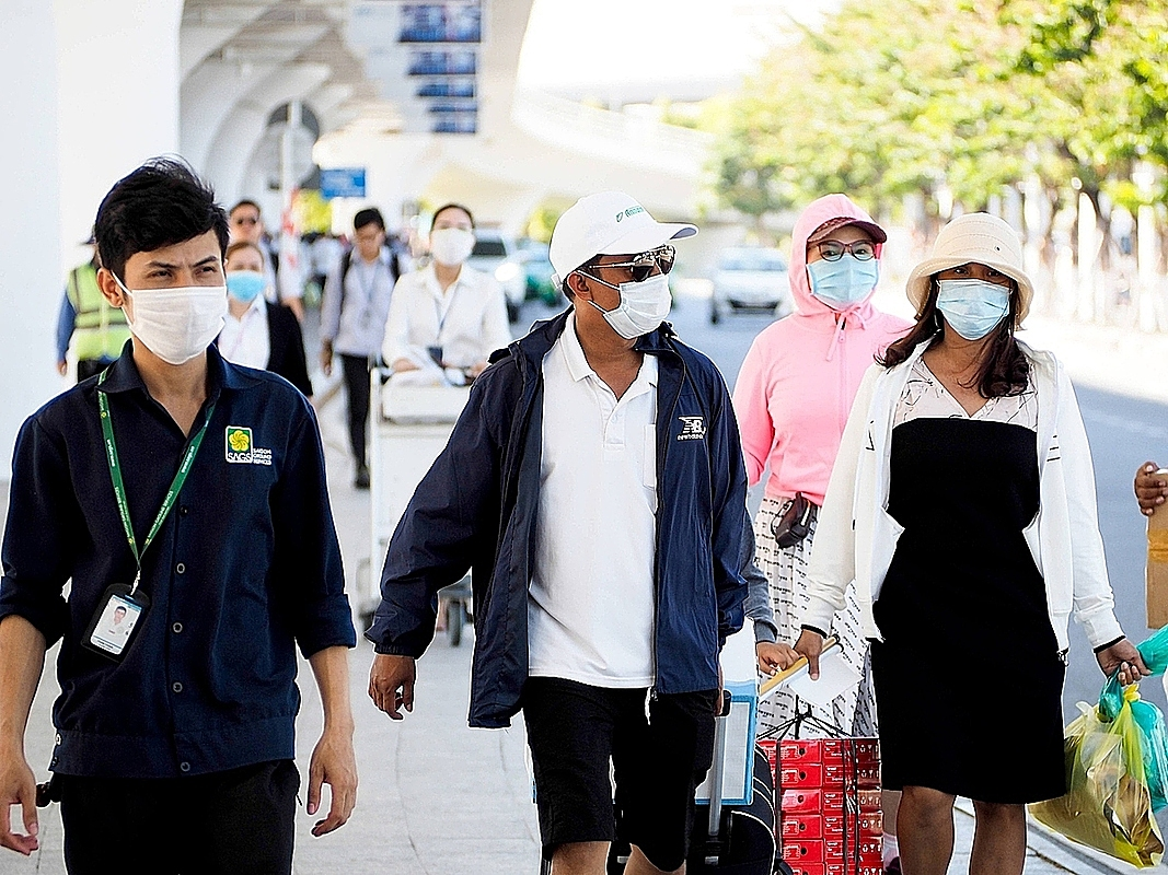 By Thursday night the Da Nang Center for Disease Control and Prevention took samples from more than 100 people thought to have been in contact with the man in the past days, including his family members, and all of them tested negative.