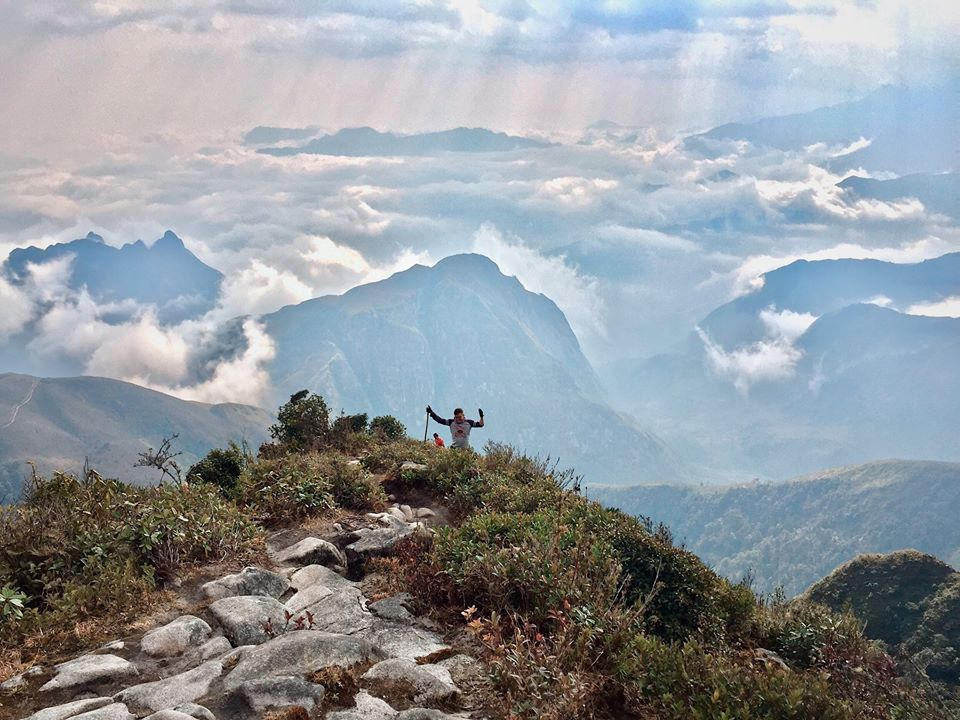 Trekkers at 2,800 meters above the sea level. Photo by Thang Win.