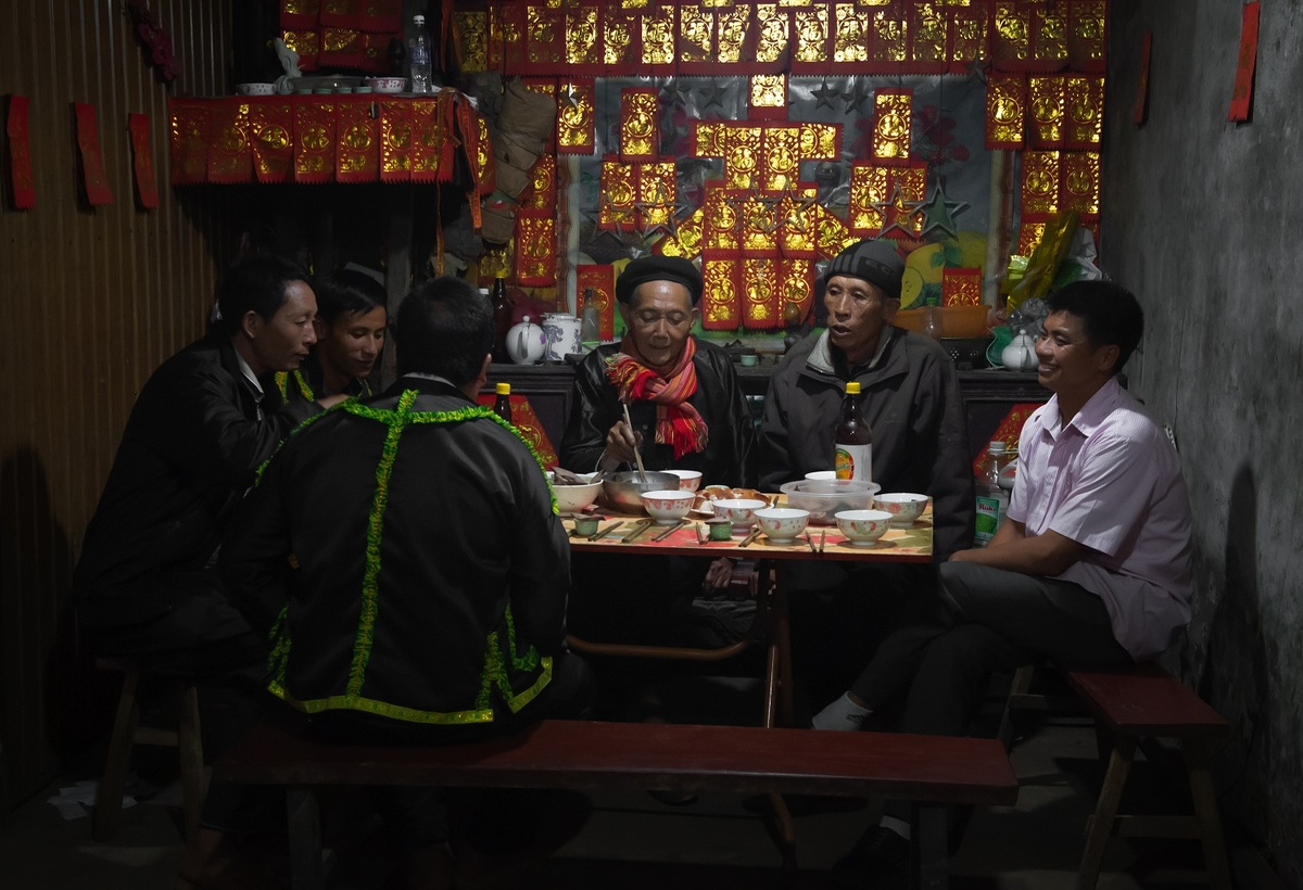 Late night weddings a Yao community staple