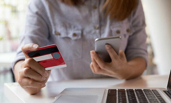 Nearly half of Vietnamese shop online: report