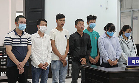 Members of a prostitution ring stand trial in Nha Trang, Khanh Hoa Province, August 20, 2020. Photo by Khanh Hoa Newspaper.