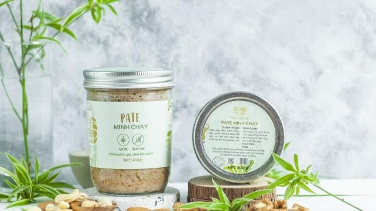 Jars of Minh Chay pate, containing Clostridium botulinum. Photo courtesy of Department of Food Safety.