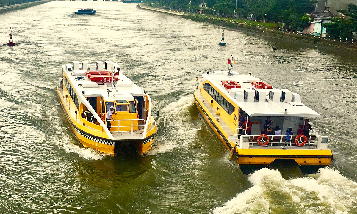 HCMC seeks 6 mln to boost inland waterway traffic – VnExpress International