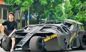 College student builds functional Batmobile