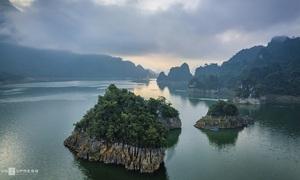 The sensory overload that is Na Hang Lake